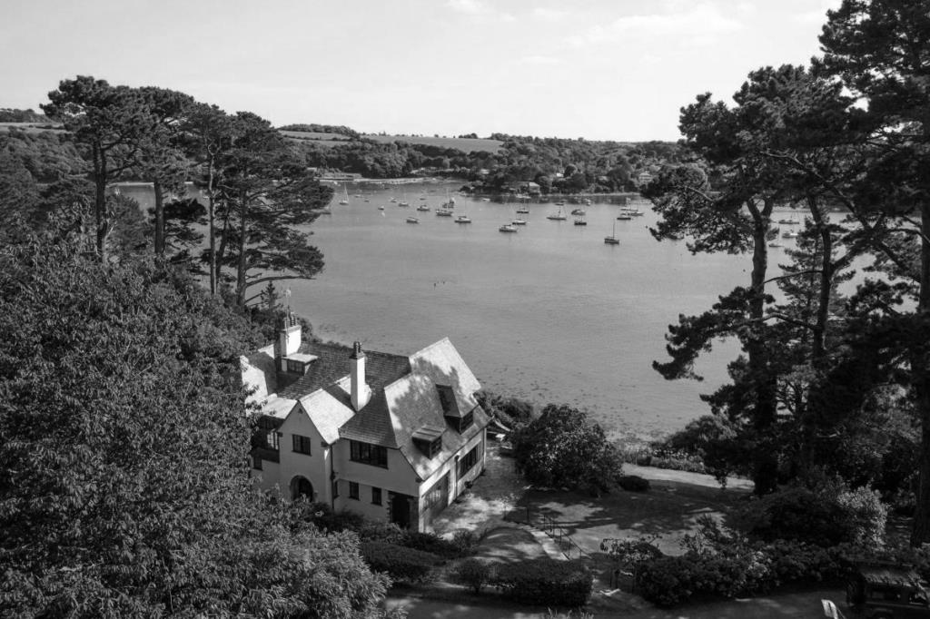 Helford River with SOE HQ Ridifarne